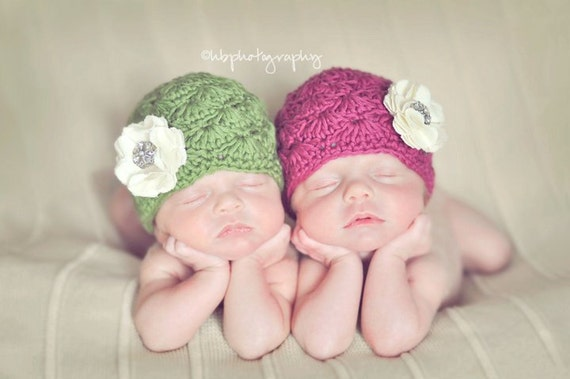 Organic Cotton Hat with Linen Flower and Rhinestone - Raspberry Red or Green - Fancy Newborn Photo Prop