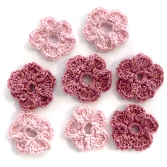 Crochet Flower Appliques for Crafts