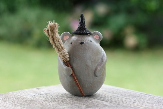 Wendy the Witch Mouse