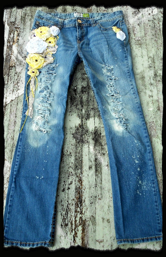 Womens embellished Jeans Gypsy Rose cowgirl Denim Pants Yellow creme brulee Applique jeans French country