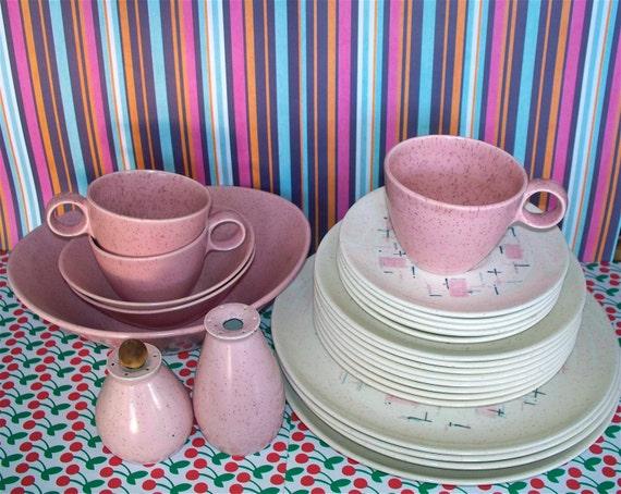 Vintage  Atomic Tickled Pink Vernon Ware  Vernonware 25 Piece Set