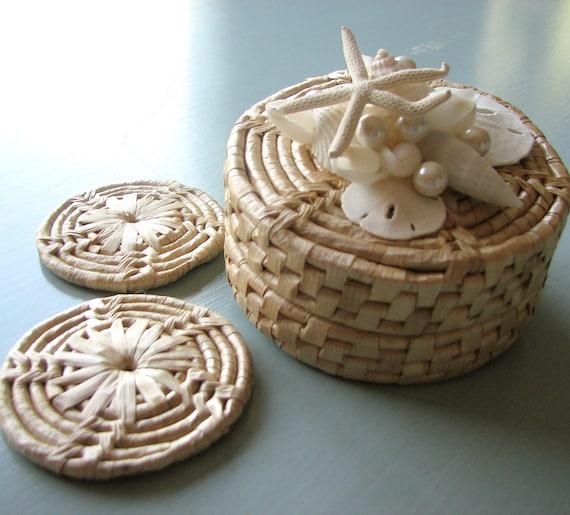 Пляж Декор Seashell Coaster Set - Белый Установить Coaster Shell, плетеная набор из 4