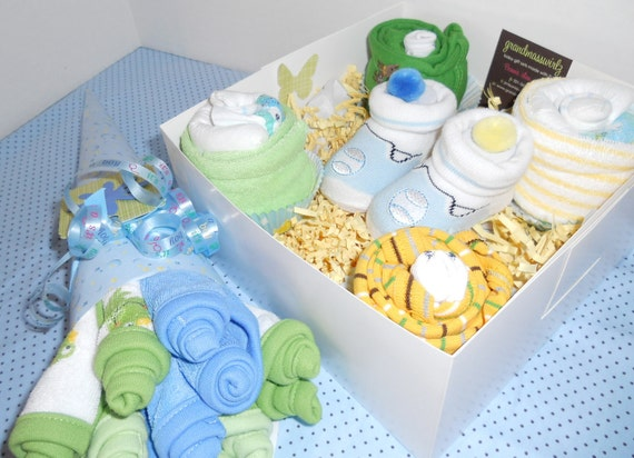 15% Off BRAND NEW Baby Boy 14 Piece  Delicious Onesie, Diapers, Socks Washcloth Cupcakes , Washcloth Bouquet  Free  Baby Booties With Order