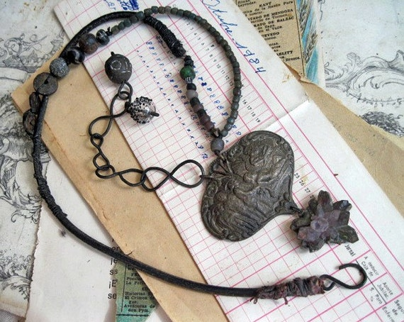 Primordial. Primitive Chunky Necklace with Ancient Gemstone Geode.