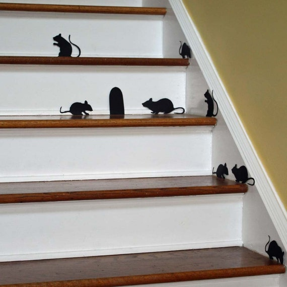 Halloween decoration: Creepy Mice Silhouettes