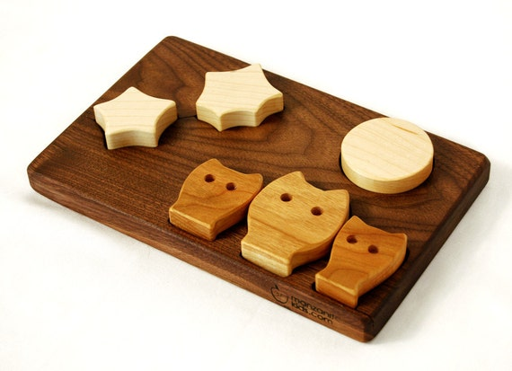 Owls, Stars and Moon, wood puzzle in maple, cherry and walnut, montessori classic wooden toy
