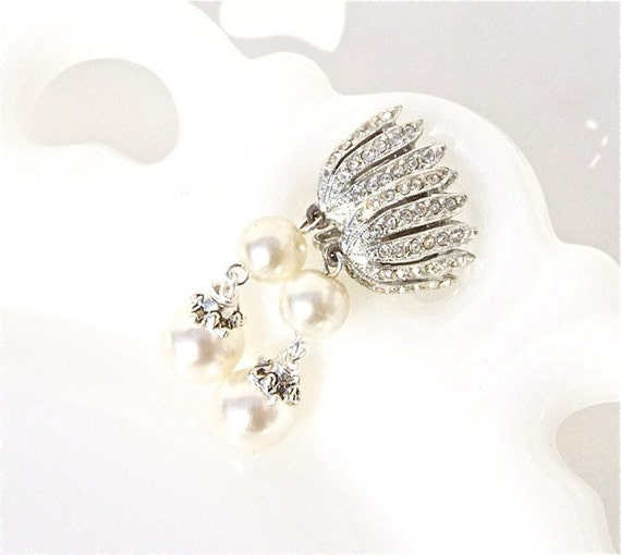 Vintage Rhinestone Wedding Jewelry Earrings by dabchickvintagegems from etsy.com