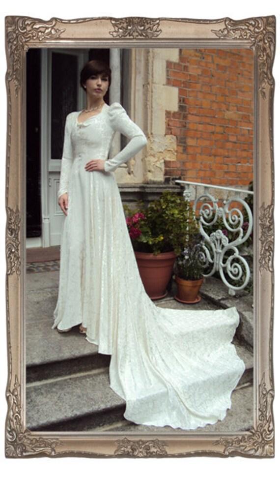 Vintage 1930 39s Cream brocade wedding dress From HayworthVintage