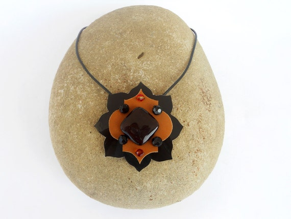 Moroccan Motif Leather Necklace with Single Stone Bead