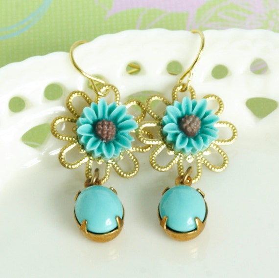 Turquoise Flower Earrings Cute Daises With Vintage Jewels
