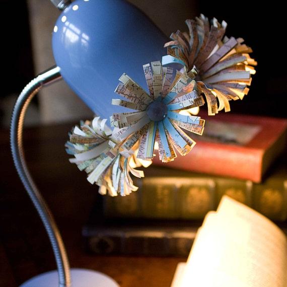 Ньютон Настольная лампа