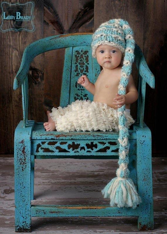 عکاسی سرپا نگه داشتن نوزاد -- کودک گره کلاه -- جن -- دوقلو بربس