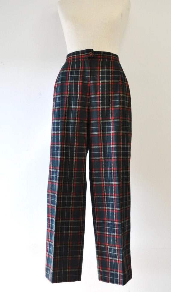 Katherine Hepburn look--vintage tartan plaid red, green, navy wool lined pants