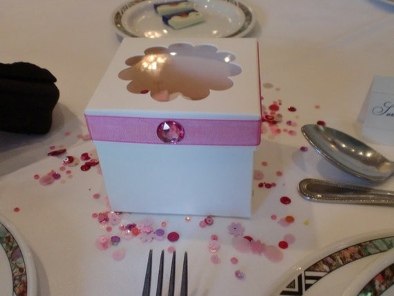 Cream and pink Organza Cupcake favour boxes for Weddings, Parties, Gifts etc ( 4 )
