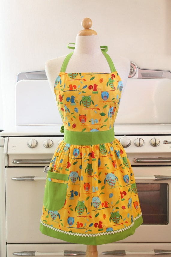 Retro Apron Squirrels and Owls Vintage Inspired Full Apron - CHLOE