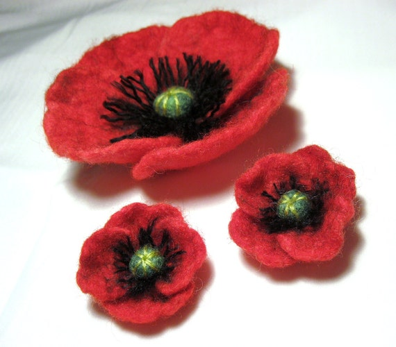 Poppy Set ... Felt Flower Brooch and earrings