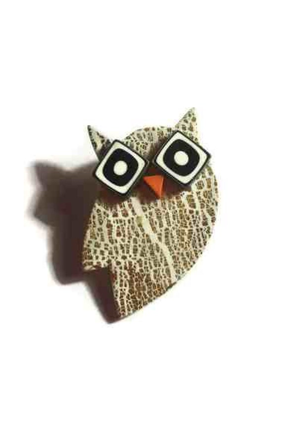 golden and white owl  brooch(golden owl with glasses) -handmade polymer clay