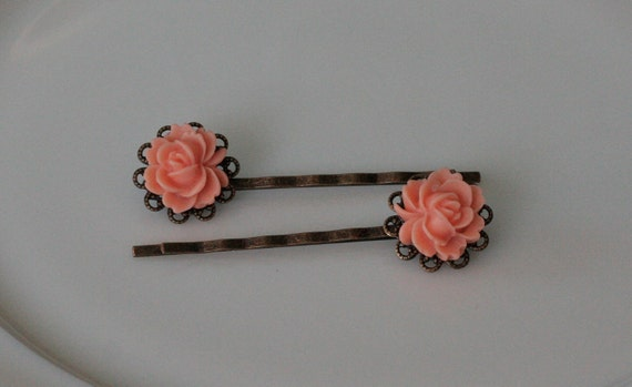 Soft Salmon Rose Filigree Bobbies -- Antique Gold