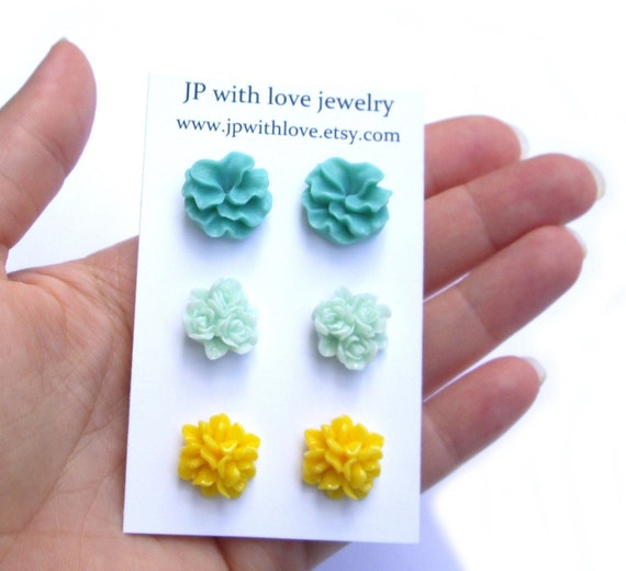 Stud earrings flower teal yellow light green resin rose jewelry set of 3