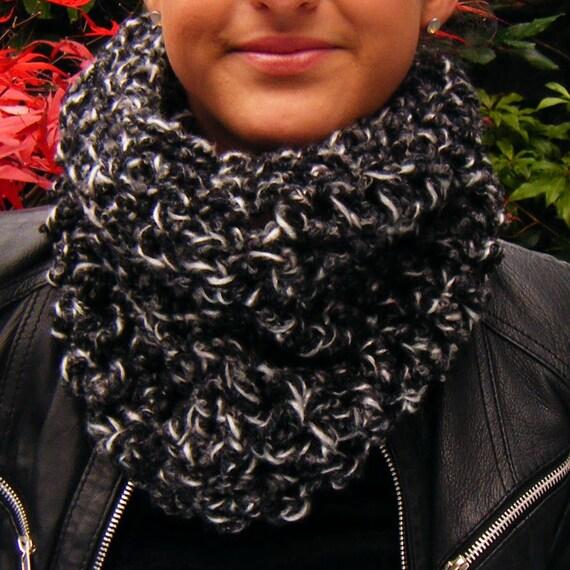 Handmade Crochet Cowl in Charcoal Grey Wool Mix