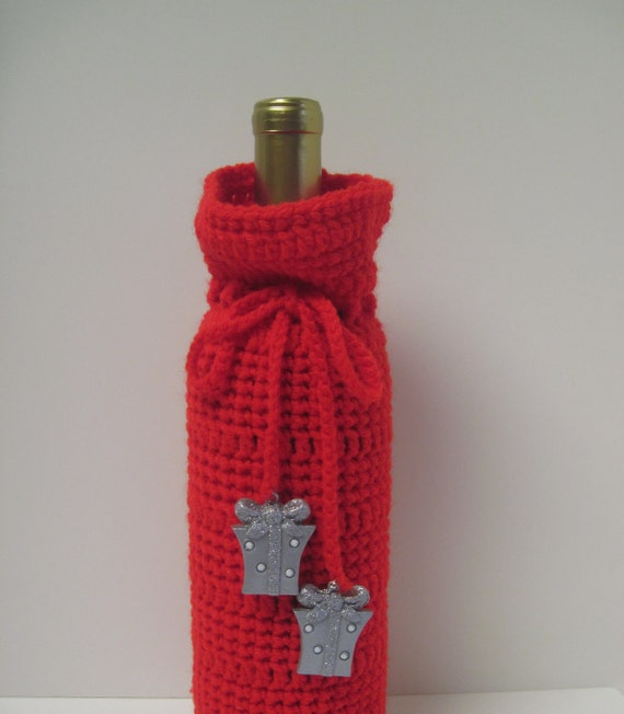 Red Crochet Wine Bottle Covers Sacks Gift Bags: Red with Silver Glitter Packages
