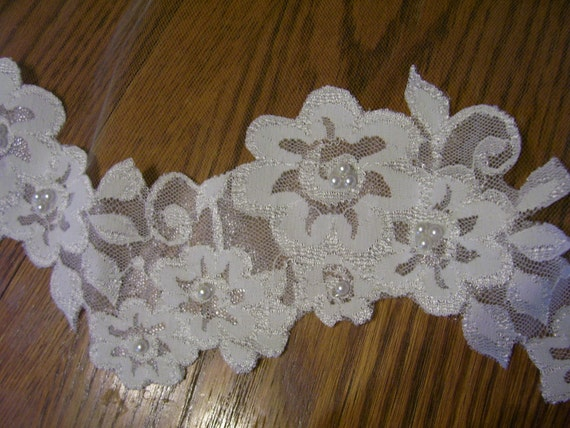 "Ivory  1 Tier Chapel length 85"" bridal Veil beaded lace bottom trim pearls only, Ready to ship."