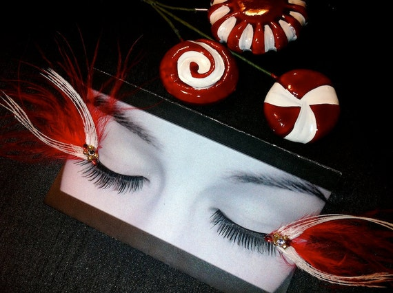 Candy Cane Holiday False Feather Eyelashes