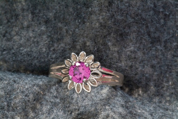 Natural 1 ct. Pink Tourmaline Flower Petal Ring