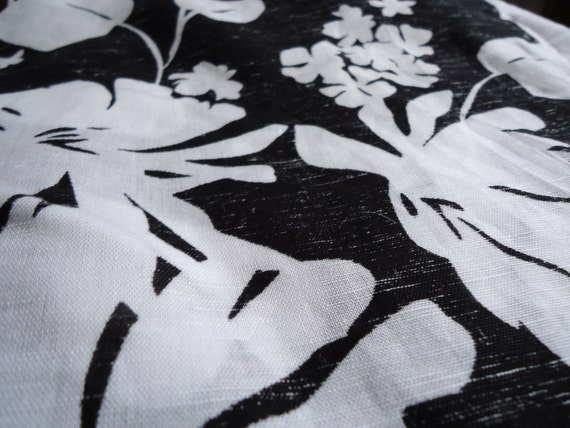 4 yards black and white floral printed linen/rayon