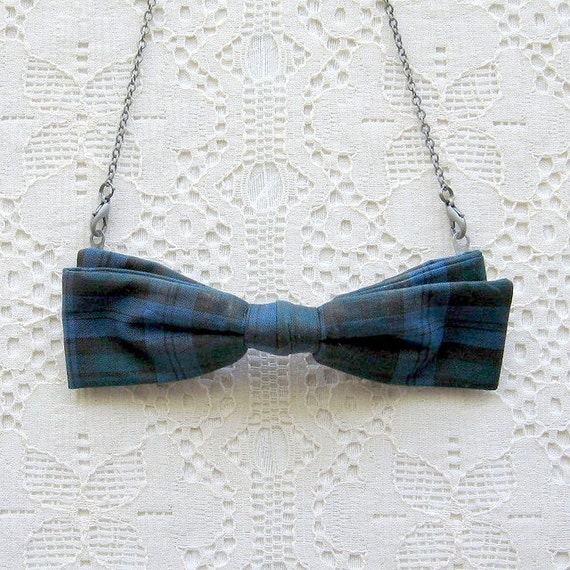 30% OFF SALE - bow tie necklace - plaid