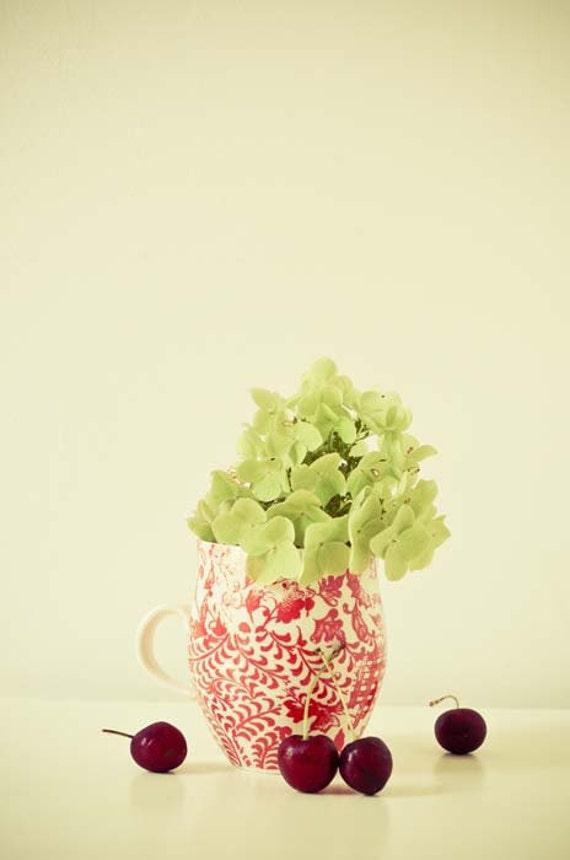 Вишни и гортензии.  8x10 изобразительного искусства.  современной фотографии пищи.  цветок фотографии.  Искусство стены кухни.  свежий декор дома