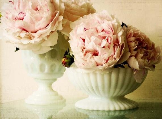 Сладка, как мед.  старинный декор дома стиля.  цветок фотографии.  французский декор стране.  романтический розовый стены искусства.  потертый шик печати