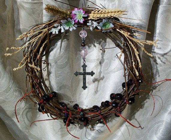 Scented Silver Cross Grapevine Wreath