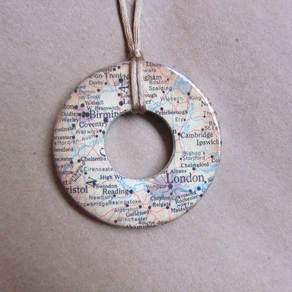 London Washer Necklace