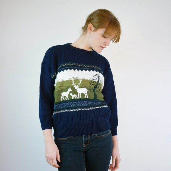 Vintage Reindeer Sweater / Deer Sweater