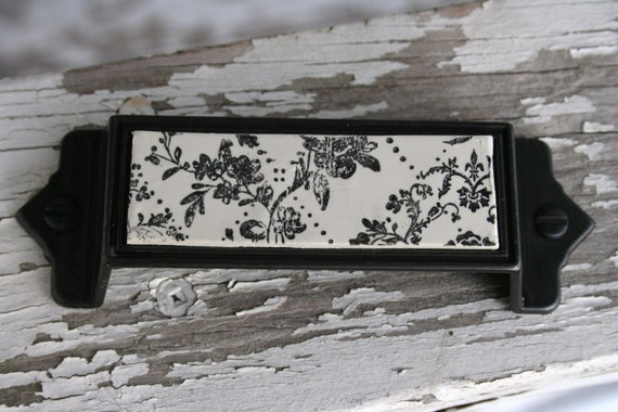 Vintage Inspired Dotted Floral Custom Drawer Pull