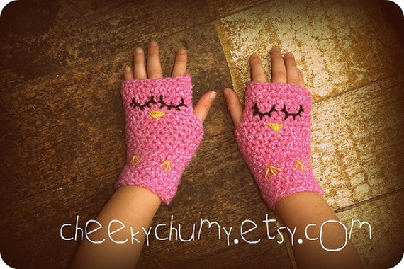 Cute Crochet sleepy owl Fingerless gloves. Toddler wrist warmers. READY TO SHIP.