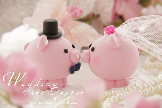 Casual Collection -----LOVE ANGELS pig and piggy Wedding Cake Topper