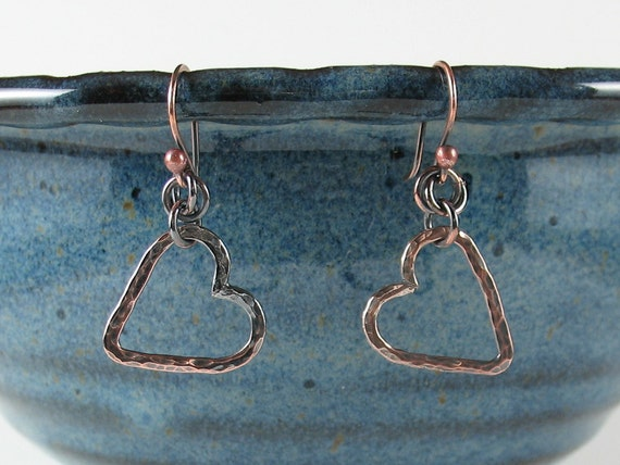hammered floating copper hearts earrings