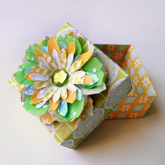 Элегантный цветок ручной бумаги Украшенный ОРИГАМИ Подарочная коробка