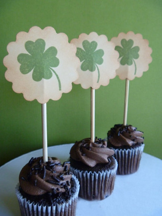 Vintage St. Patrick's Day cupcake toppers - set of 12