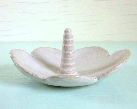 ring holder ceramic and pottery cloud bowl with unicorn horn