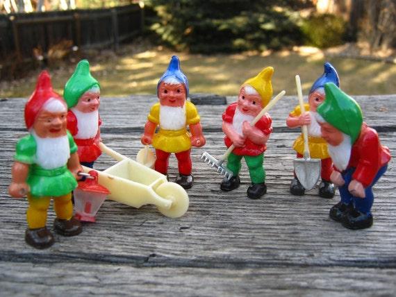 Garden Gnomes Elves - Plastic - Retro