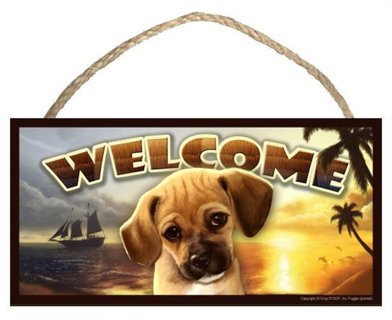 "Puggle (portrait view) Summer Season 10"" x 5"" Wooden Welcome Sign"