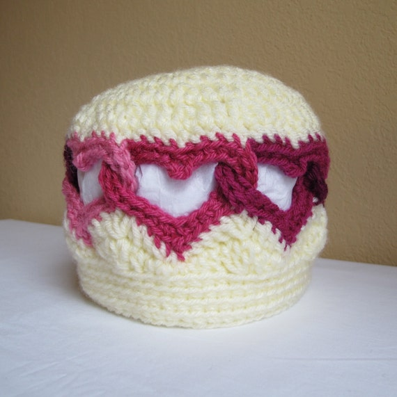 Size 1 - 3yrs - Be Mine - A Valentine heart hat - Ready to Ship
