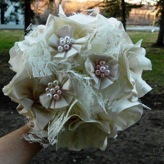 Bridal Bouquet Set of 4, Vintage inspired, Cotton, Pearl, Lace Cream Ivory Fabric Flower Bouquet, weddings