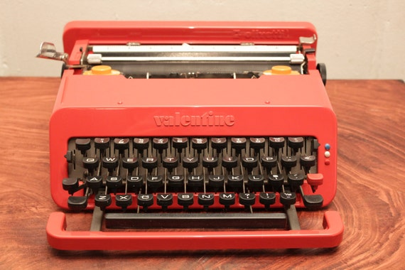 Vintage Cherry Red OLIVETTI VALENTINE- typewriter from the 60's Designed by Ettore Sottsass