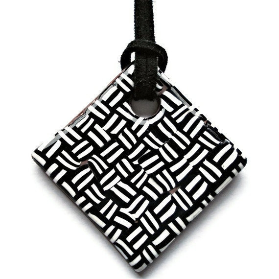 Diamond necklace  black and white chevron by KireinaJewellery |  Craft Juice :  polymer clay jewellery handcrafted etsy