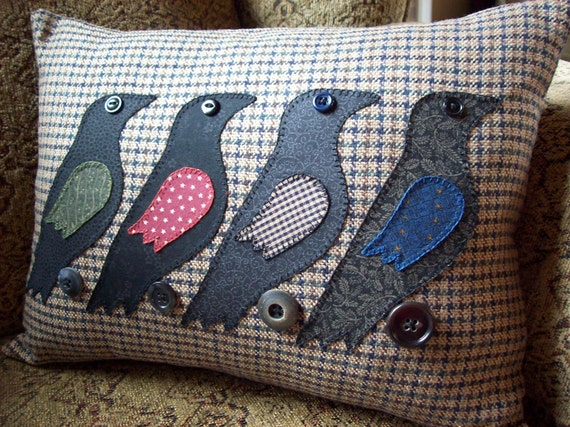 Rustic Crows on Tan Houndstooth Pillow Slipcover