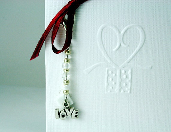 Thank You Wedding Favor Card in White with Gift Charm Keepsake